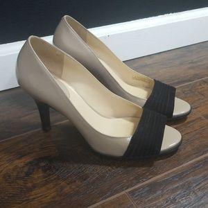 Cole Haan nike air peep toe heels nude and black 8